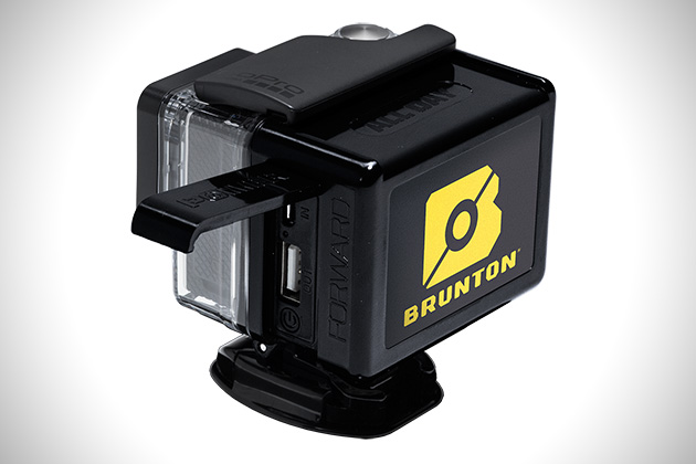 Brunton-All-Day-GoPro-Hero-3-High-Capacity-Power-Supply-3